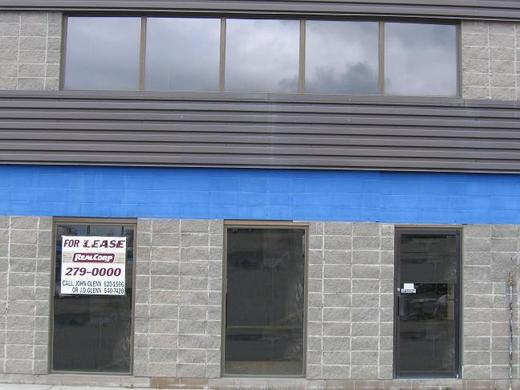 2316-27_avenue_ne_for_lease