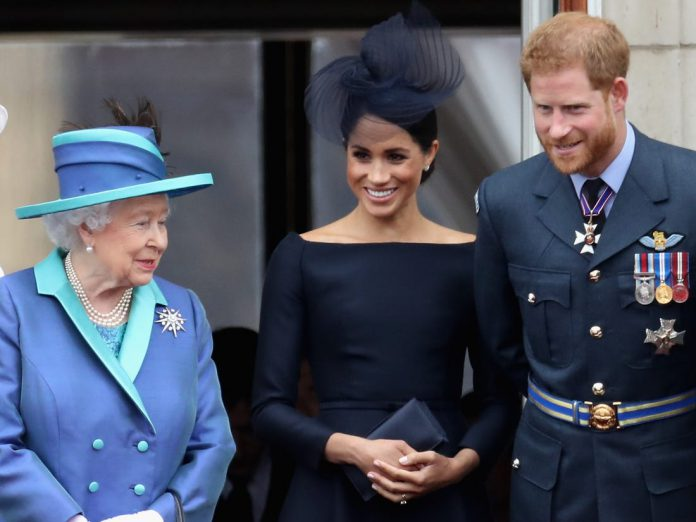 Queen Elisabeth, Meghan Markle and Prince Harry
