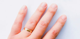 A shorter ring finger may be a bad omen for men.Getty Images/iStockphoto