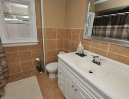 14_webbathroom
