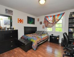14_master_bedroom