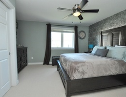 18_master_bedroom2