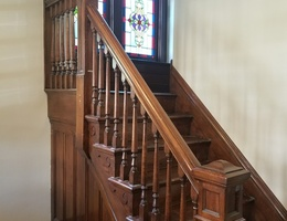 4_upper_stairs
