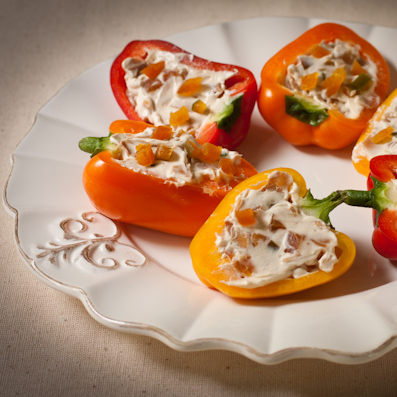 Sweet and spicy stuffed bell peppers