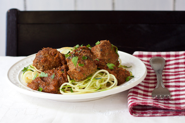 Slow cooker meatballs | Paleo, migraine-friendly, low-sodium