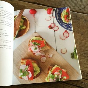 Review: Anti-Inflammatory Eating Made Easy by Michelle Babb | Recipe Renovator