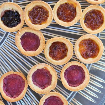 Cream cheese tarts with berry filling
