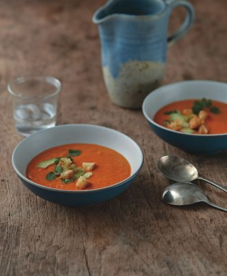 Golden bell pepper soup from Eating Clean by Amie Valpone