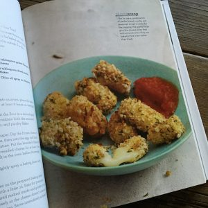 Recipe Renovator reviews: The Skinnytaste Cookbook by Gina Homolka