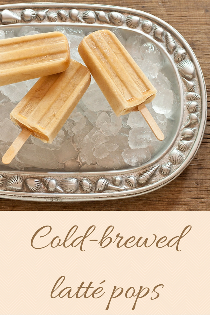 Cold-brewed latté pops from Recipe Renovator | Super-easy, decaf, dairy-free treats low in sugar. Decadent!