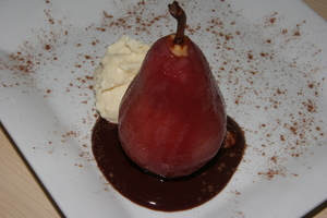 Poached pear with marscapone