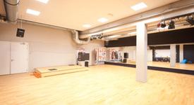 Mid_basic-fit-eindhoven-klokgebouw-721