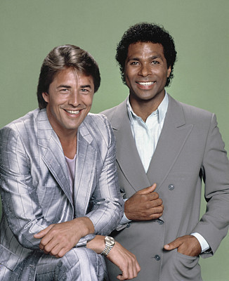 Crockett-tubbs-miami-vice-784330_326_400