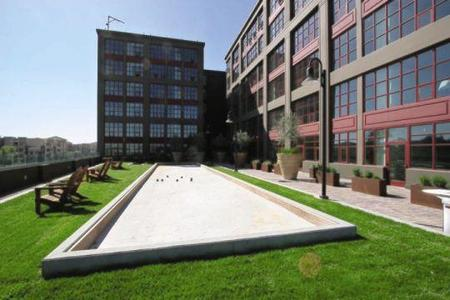 Aqua via oakland apartment details comments and reviews for 125 12th street 4th floor oakland ca 94607