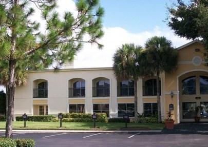 Laguna Oaks Apartments Orlando