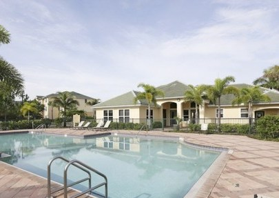 Summer Lakes Apartments Naples