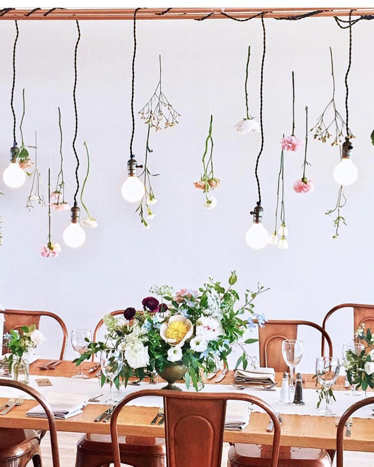 Oh my, @tincanstudios killed it in the #hamptons last weekend, that gorgeous copper lighting + flower installation is brilliant (and it looks great with our tables + chairs ) !