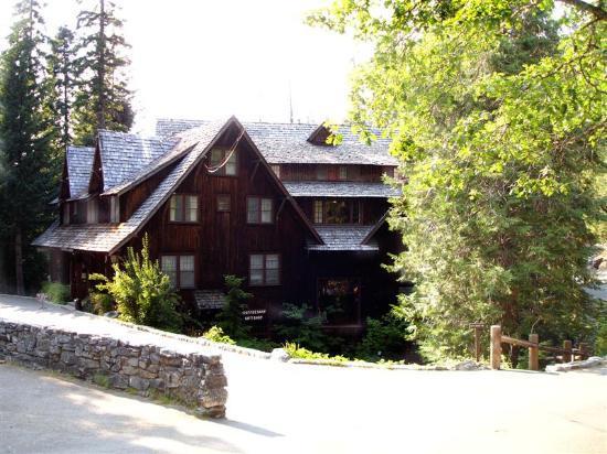 Oregon-caves-chateau