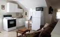 Hml-vv-2nd-kitchen-400x250-_thumb