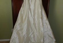 Badgley Mischka 100% Ivory Dupioni Silk Designer Strapless Wedding