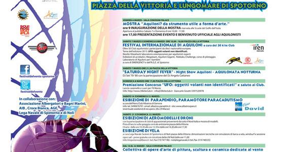 Parapendio al Festival del Vento di Spotorno (Savona)