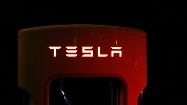 Il caso Tesla: marketing per le aziende che vogliono cambiare il mondo