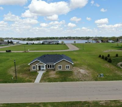 630 W 12TH AVE, Redfield, SD 57469 - Photo 2