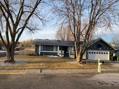 862 SARGEANT AT ARMS AVE, Billings, MT 59105 - Photo 1