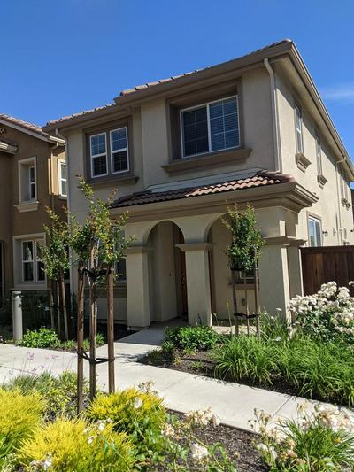2720 SOHO LN, Fairfield, CA 94533 - Photo 1