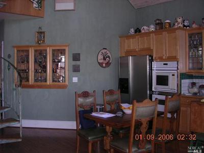 530 ALHAMBRA ST, Crockett, CA 94525 - Photo 2