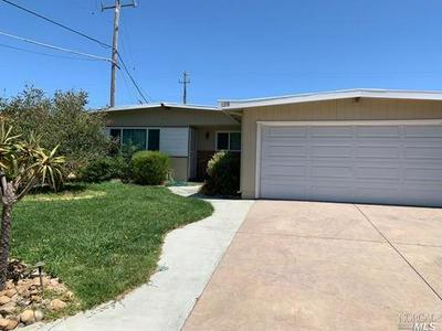 1218 E TENNESSEE ST, Fairfield, CA 94533 - Photo 2
