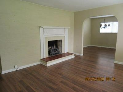 106 LILLY ST, BECKLEY, WV 25801 - Photo 2