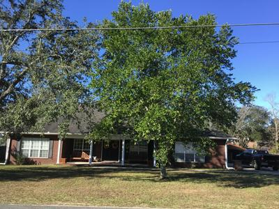 5383 COLLEGE DR, Graceville, FL 32440 - Photo 2