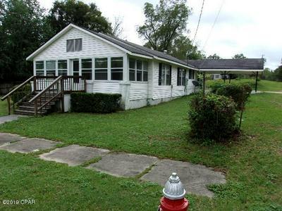402 E PENNSYLVANIA AVE, Bonifay, FL 32425 - Photo 1