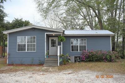 616 PEAR ST, Chipley, FL 32428 - Photo 1