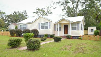 1331 COGGIN AVE, Chipley, FL 32428 - Photo 1