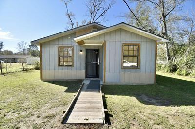 1219 1ST AVE, Chipley, FL 32428 - Photo 2