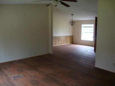 513 W BANFILL AVE, Bonifay, FL 32425 - Photo 2