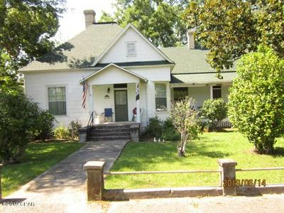 1310 CHURCH AVE, Chipley, FL 32428 - Photo 1