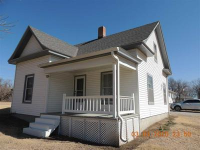 302 N PHILLIPS AVE, Sutton, NE 68979 - Photo 1