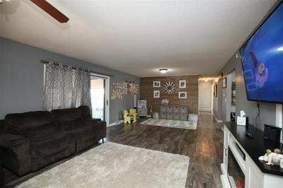 405 W 20TH ST, LEXINGTON, NE 68850 - Photo 2
