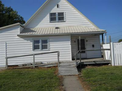909 W 8TH ST, Lexington, NE 68850 - Photo 2