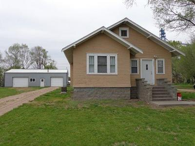 201 1ST ST, Overton, NE 68863 - Photo 1