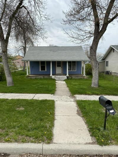 502 S OSBORNE AVE, Gillette, WY 82716 - Photo 1