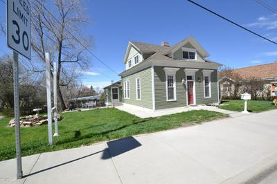 28 S SUMMIT AVE, Newcastle, WY 82701 - Photo 1