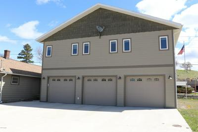 434 S SUMMIT AVE, Newcastle, WY 82701 - Photo 2