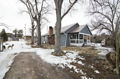 216 1ST AVE, Newcastle, WY 82701 - Photo 2