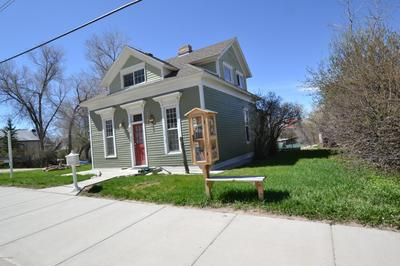 28 S SUMMIT AVE, Newcastle, WY 82701 - Photo 2