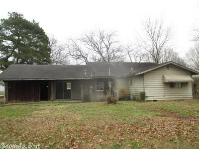 1802 S LESLIE ST, Stuttgart, AR 72160 - Photo 2