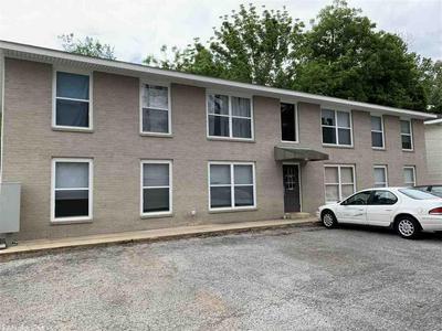 329 W HIGHLAND ST, Paragould, AR 72450 - Photo 2